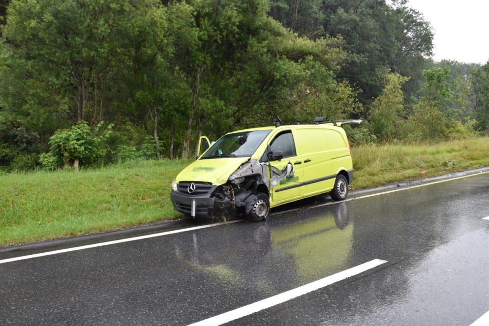 Unfall Jenaz GR - Drei Verletzte bei Frontalunfall