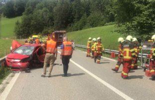 Sieben Verletzte nach heftigem Unfall in Ebnat-Kappel