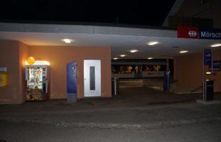 Mörschwil SG - Billetautomat am Bahnhof von drei Unbekannten aufgeflext