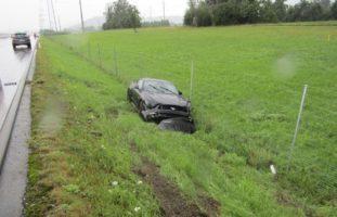 Wegen Aquaplaning: Unfall auf der A3 in Bilten GL