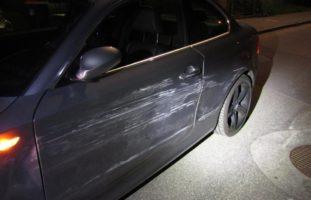 Näfels: Lenkerin entfernt sich von Unfallstelle