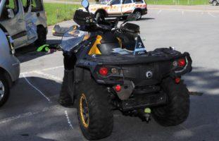 Schwanden GL - Frau bei Quad-Unfall schwer verletzt