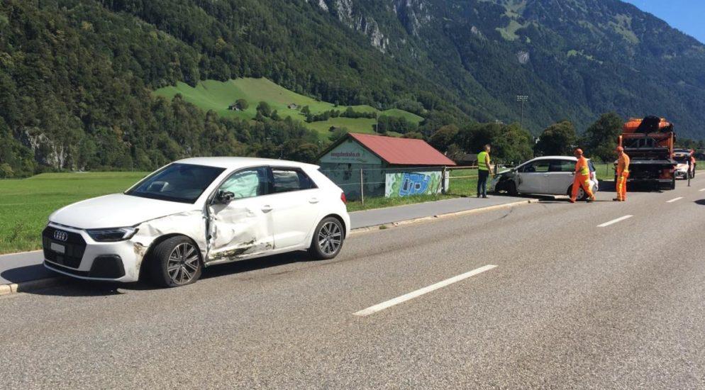 Glarus: Wegen Sekundenschlaf auf Gegenfahrbahn geraten