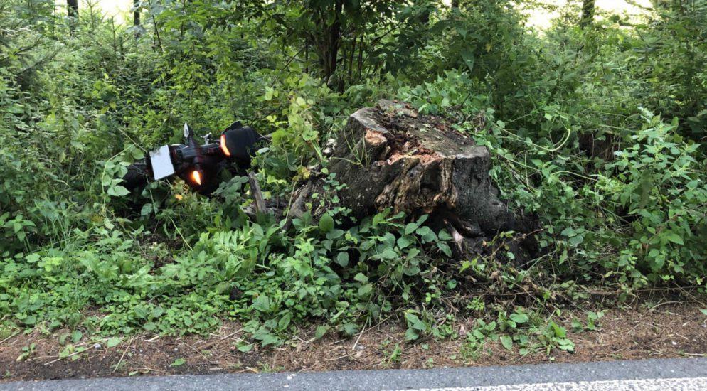Lenkerin (22) bei Verkehrsunfall durch die Luft geschleudert