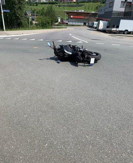 25-jähriger Motorradfahrer in Herisau verunfallt