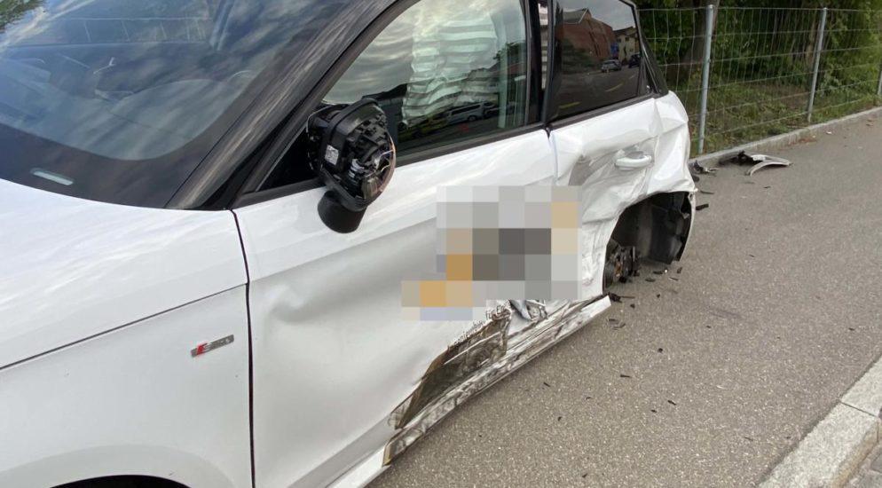 Übermüdeter Autofahrer verursacht Verkehrsunfall in Sins AG