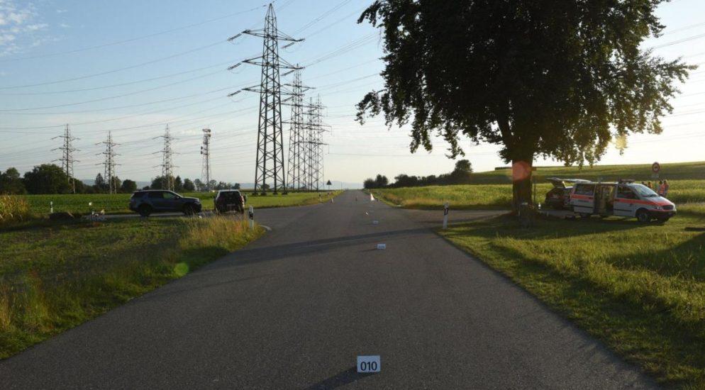Mehrere Verletzte bei heftigem Verkehrsunfall in Nürensdorf ZH
