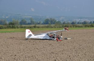 Flughafen Grenchen SO - Pilot bei Notlandung verletzt