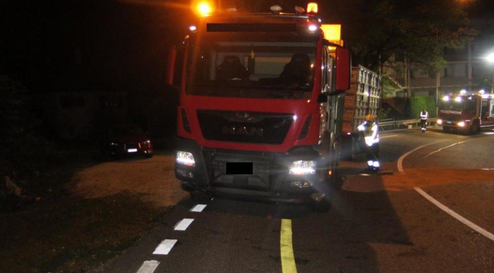 Lastwagen in Waldenburg verunfallt