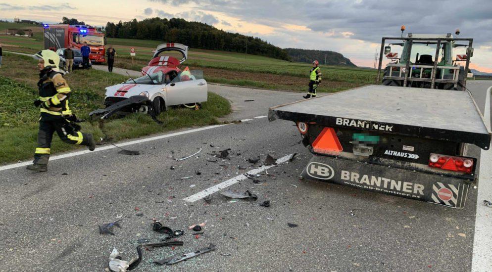 Heftiger Unfall in Tegerfelden AG