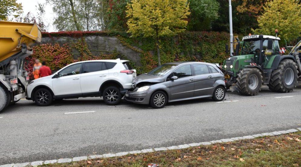 Unfall Solothurn: Traktorfahrer kracht in Kolonne