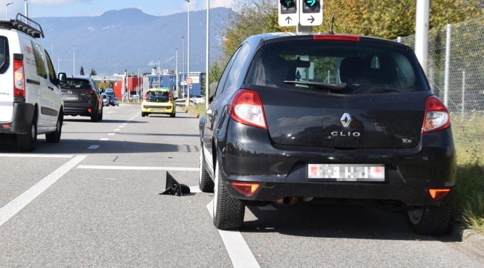 Zuchwil SO - Lieferwagenfahrer haut nach Unfall ab