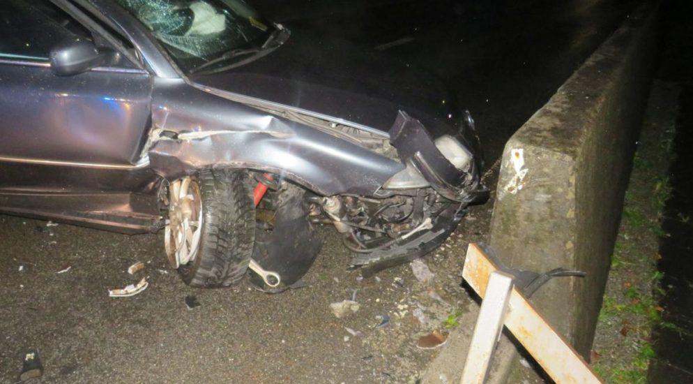 Totalschaden nach Unfall in Diesbach