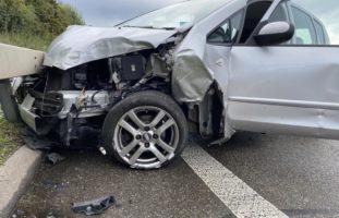 Spurwechsel auf A2 in Muttenz führt zu Verkehrsunfall
