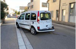 Heftiger Verkehrsunfall in Reinach BL