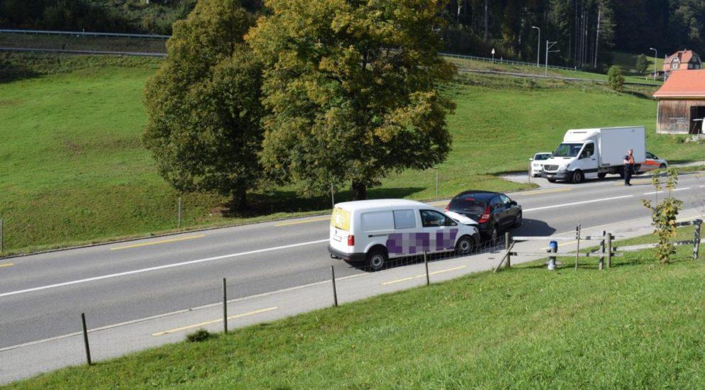 Auffahrunfall mit drei Autos in Waldstatt