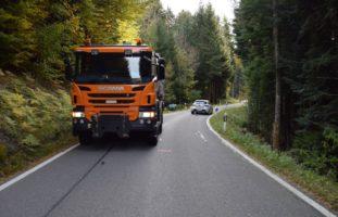 Verkehrsunfall zwischen LKW und Auto in Walzenhausen