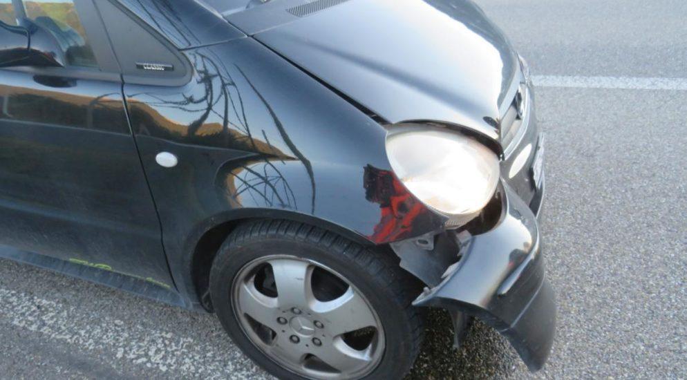 Unfall mit zwei Autos auf Autobahn A3 in Bilten