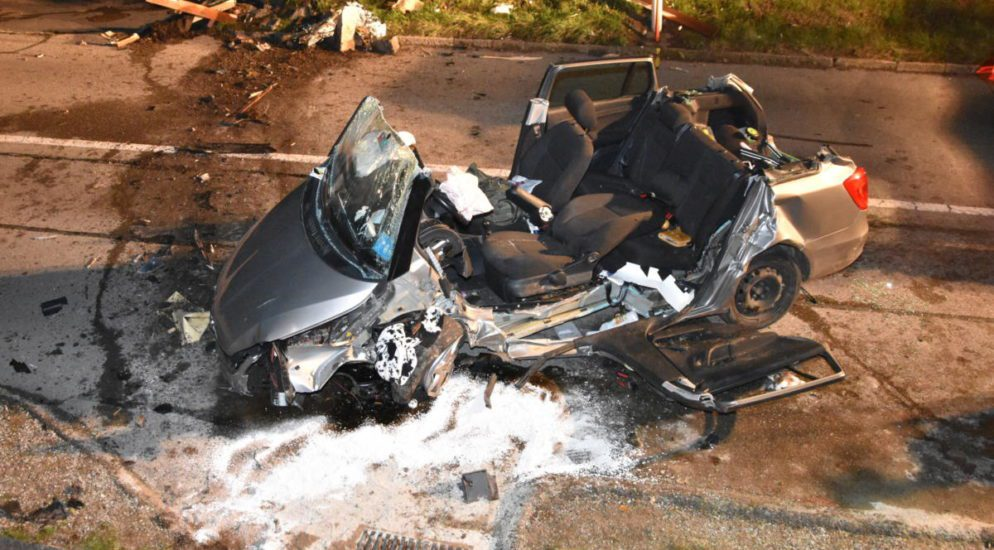 Schwerverletzte nach Horror-Crash in Bossossens