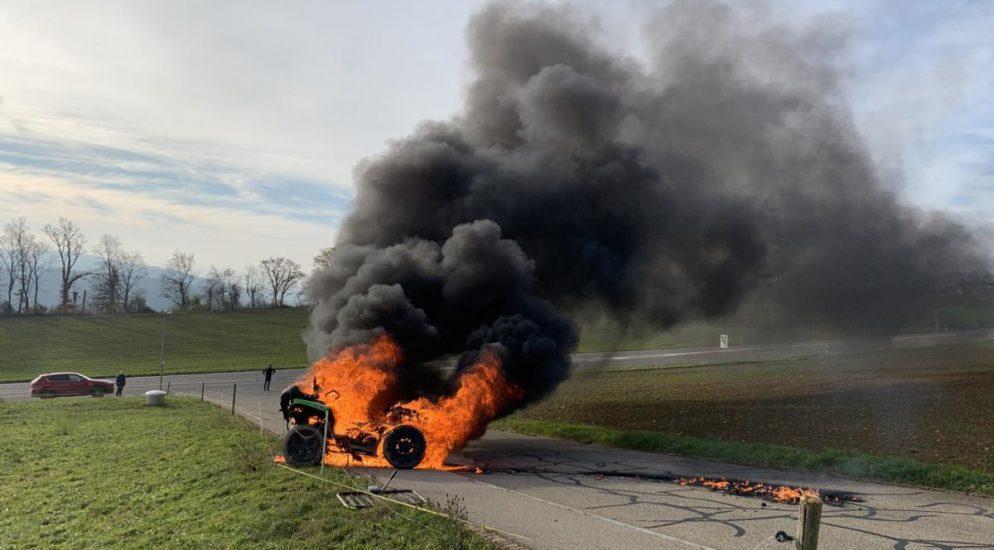 Brennendes Quad sorgt für Feuerwehreinsatz in Bözberg