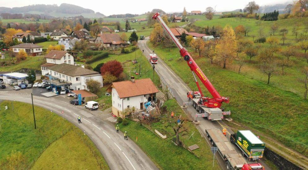 St. Silvester: Lastwagenfahrer stirbt auf Unfallstelle