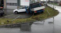 Bei Verkehrsunfall in Knutwil gegen zwei Personenwagen geprallt