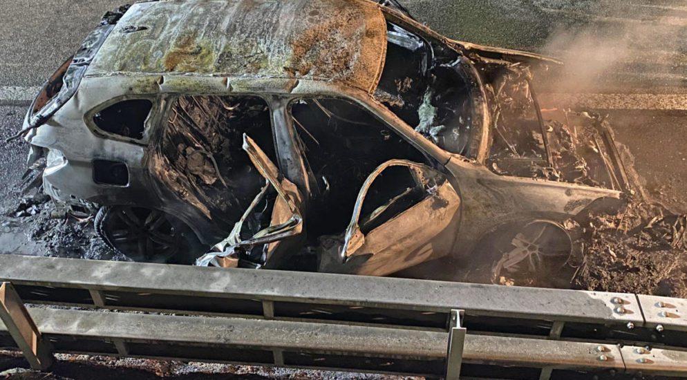 Wängi TG - Auto auf der A1 in Brand geraten
