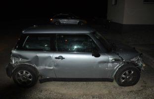 Mit stark beschädigtem Auto von Unfallstelle auf der A1 bei Oensingen entfernt
