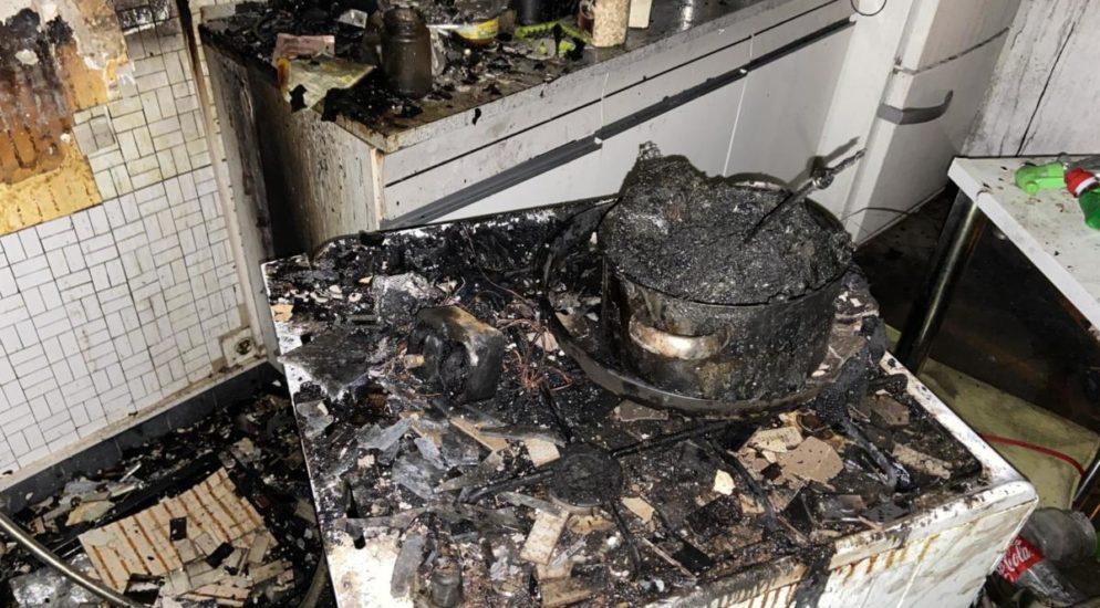 Binningen BL - Erheblicher Sachschaden nach Küchenbrand