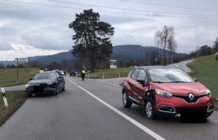 Rüdlingen: Kollision zwischen zwei Personenwagen
