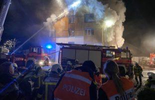Grossaufgebot bei Brand in Stalden OW