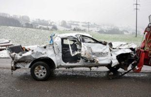 Sachseln OW - Heftiger Unfall: Zwei Personen erheblich verletzt