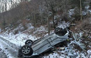Schwerer Autounfall in Mitlödi GL