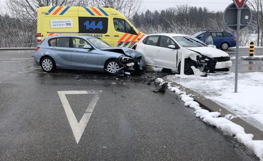 Verkehrsunfall beim Abbiegen auf Autobahn in Kriegstetten
