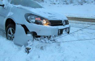 Glarus: Verkehrsunfall mit vier involvierten Fahrzeugen