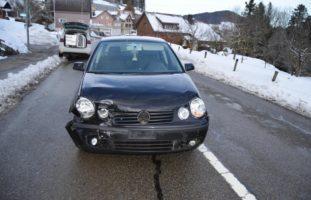 Auffahrunfall zwischen zwei Autos in Reute