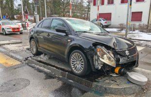 Frauenfeld TG - Autofahrer (27) übersieht PW und verursacht Unfall
