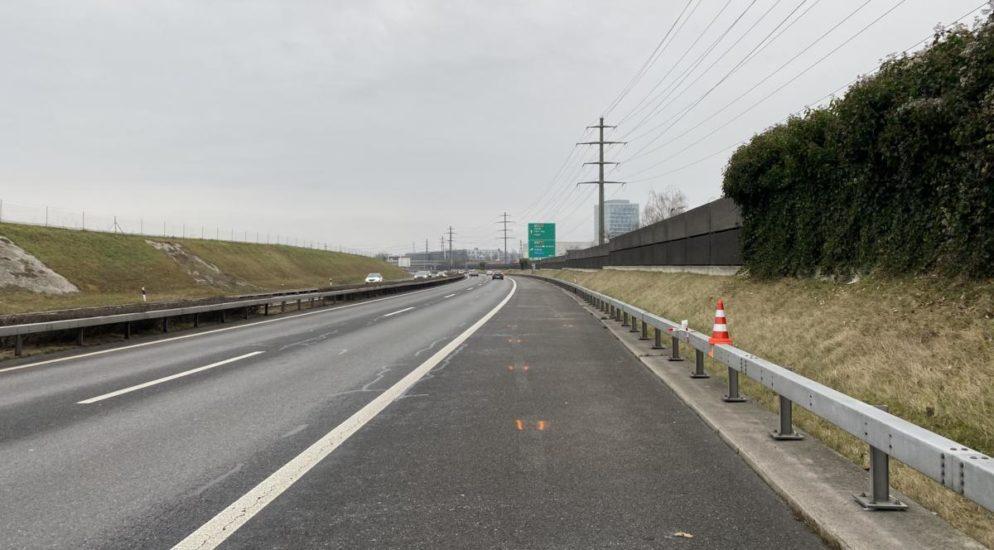 Cham ZG - Autolenkerin betrunken auf der A4 unterwegs
