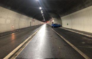 Unfall Martinach VS - Autolenker stirbt bei Crash mit Tunnelwand