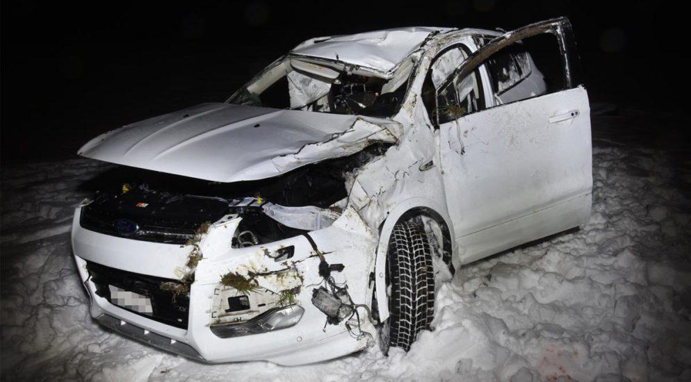Zwei Verletzte nach Selbstunfall in Wiesenberg