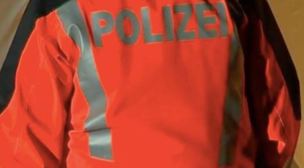 Winterthur: Schaufenster mit Baustellenlampe eingeschlagen