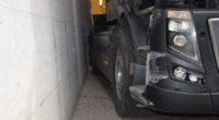 Autobahn A1 bei Gunzgen: Sattelmotorfahrzeug verunfallt