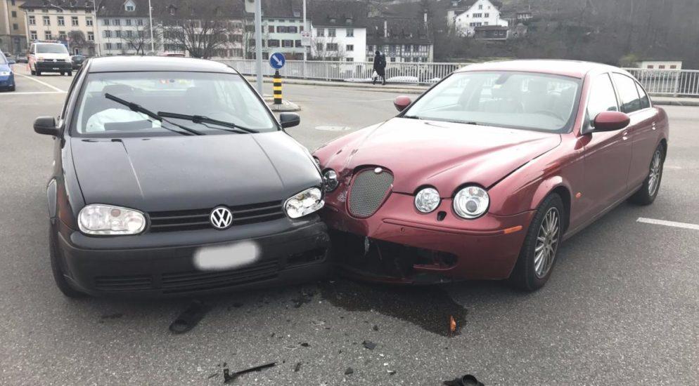 Schaffhausen: Rotlicht missachtet und Unfall verursacht