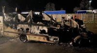 Tenniken: Auto nach Brand vollständig zerstört