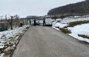 Unfall zwischen Lieferwagen und PW in Maisprach