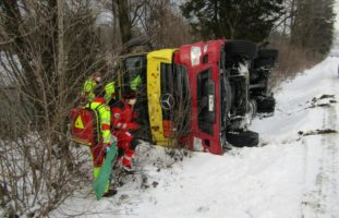 Unfall mit Tanklastwagen in Mollis GL