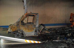 Kriens: Fahrzeugbrand auf der Autobahn A2