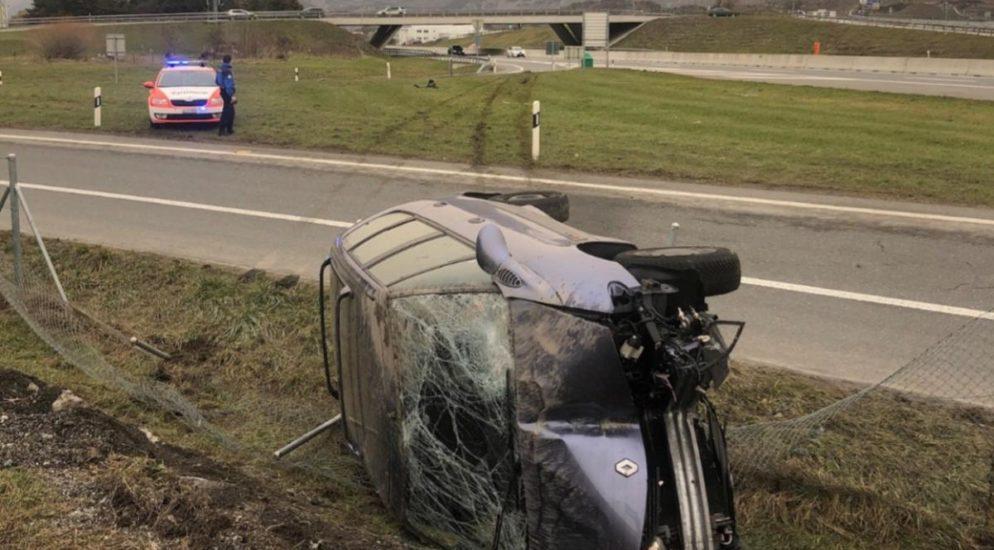 A9 Sitten VS: Mit 200 km/h vor Polizei geflüchtet und Unfall gebaut