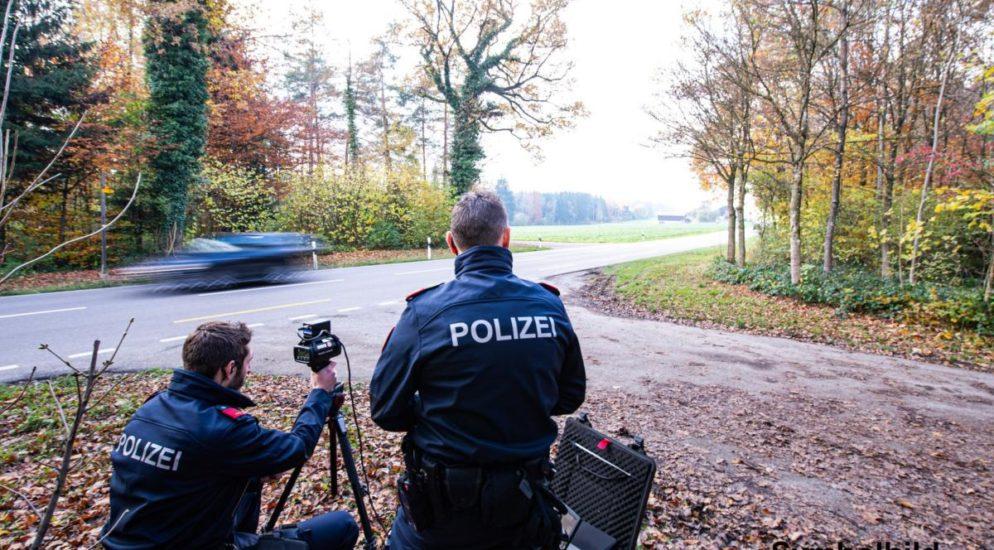 Raser in Leibstadt gestoppt: Motorrad beschlagnahmt
