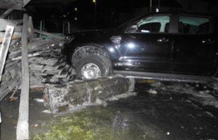 Reichenburg SZ - Betrunkener PW-Lenker (45) mehrfach verunfallt